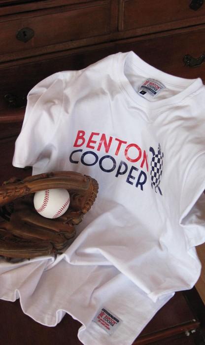 Camiseta logo tortuga nadando Benton Cooper